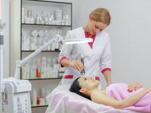 skuteczne zabiegi laserowe usuwanie blizn, usuwanie tatuaży